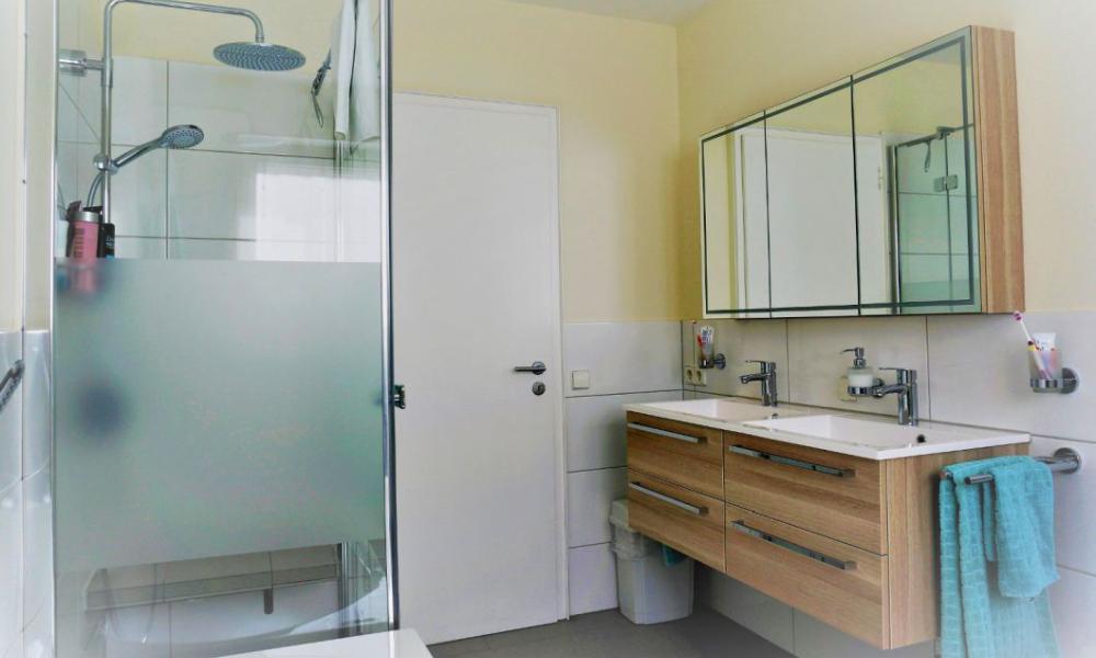 duschbadkreation lassen freiburg breisgau badrenovierung heizungsmodernisierung. Black Bedroom Furniture Sets. Home Design Ideas
